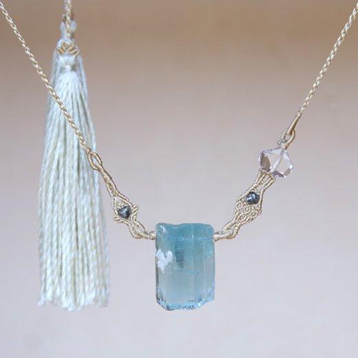 ヒマラヤンアクアマリン×ハーキマーダイヤモンド/ムガシルクネックレス