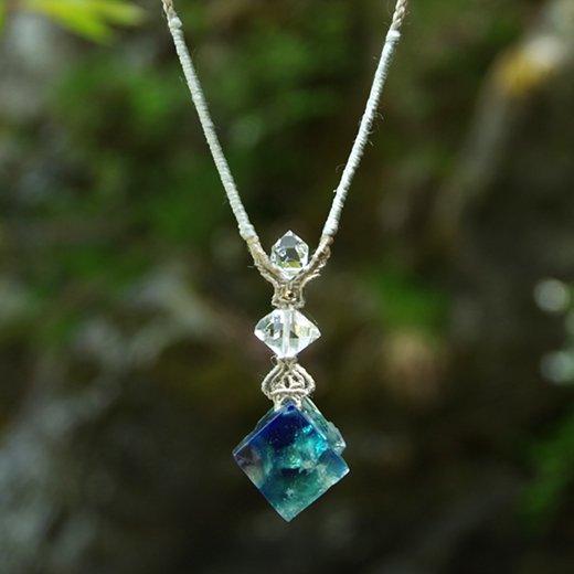ダイアナマリアフローライト×ハーキマーダイヤモンド/シルクネックレス