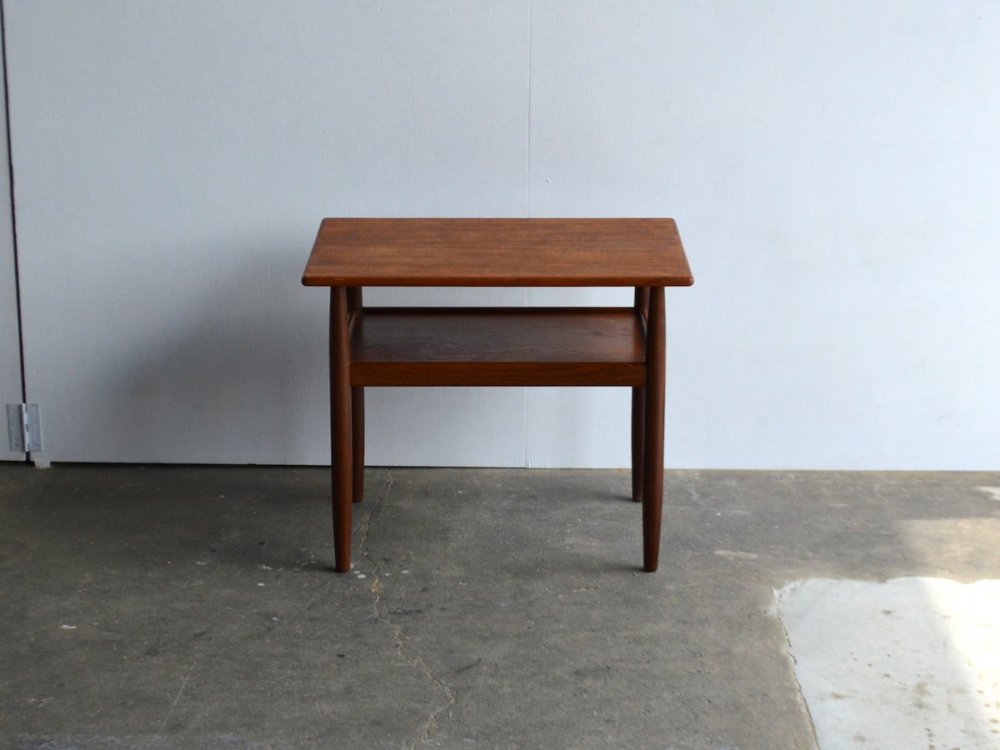 Side table(1)