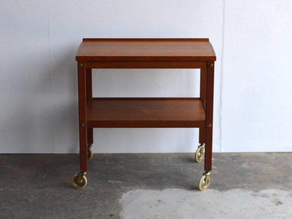 Wagon Table (2)