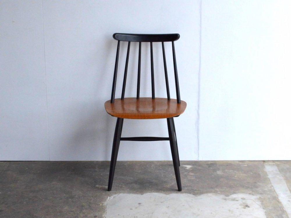 Chair (2) /Fannet