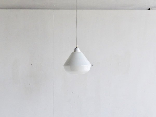 Lamp (30)