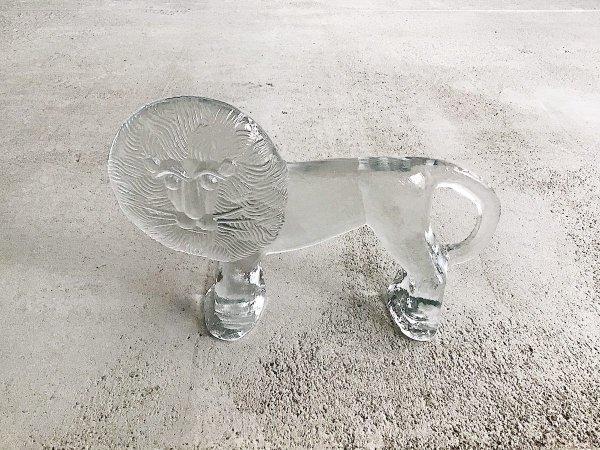 Glass Object (L) / Lion