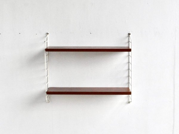 Wall Shelf (55) / String