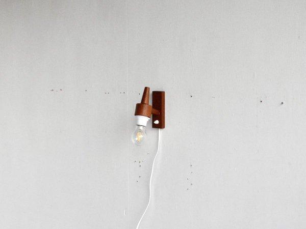 Wall lamp (87)
