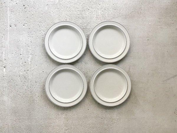 Dinner Plate  /  Fennica
