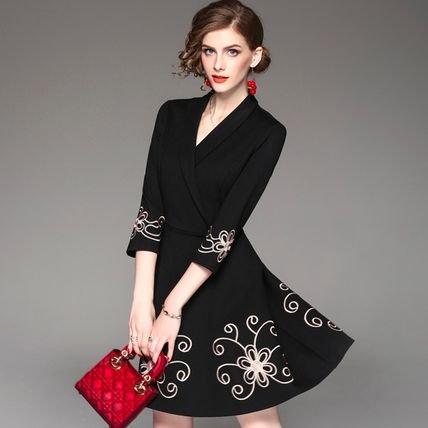 刺繍 7分袖 スリム Vネック ショート丈 結婚式 お呼ばれ ドレス ワンピース
