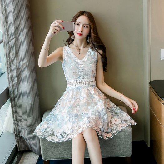 華やか フラワー柄 刺繍 レース ウエストマーク ノースリーブ ドレス ショート フレア 結婚式 二次会