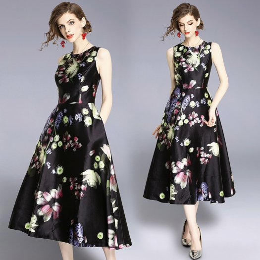 ミッドナイトブルーミングフラワー柄 花柄 ノースリ フレアドレス ミディアム お呼ばれ パーティー