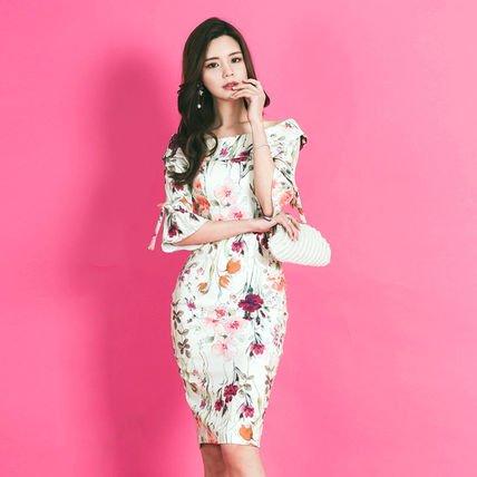 花柄 フェミニン 袖リボン フリル タイトワンピース ミディアム 五分袖 エレガント パーティー ドレス