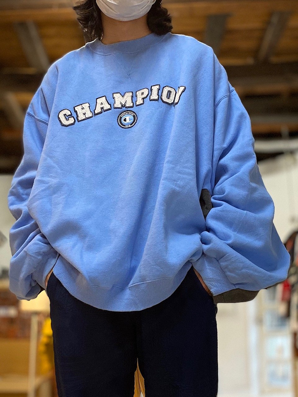 <img class='new_mark_img1' src='https://img.shop-pro.jp/img/new/icons14.gif' style='border:none;display:inline;margin:0px;padding:0px;width:auto;' />Switching side and under sleeve pullover sweat 10