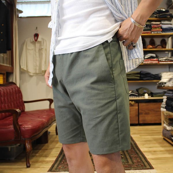 <img class='new_mark_img1' src='https://img.shop-pro.jp/img/new/icons59.gif' style='border:none;display:inline;margin:0px;padding:0px;width:auto;' />Atelier de vetements / easy dress shorts -back satin-