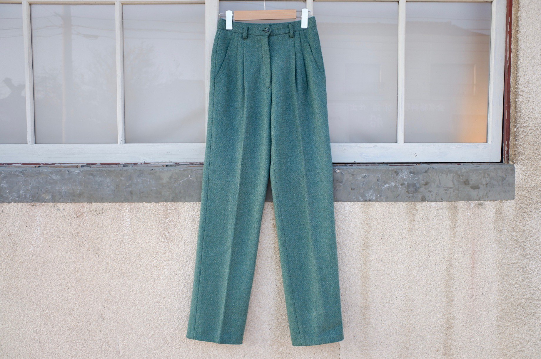 vintage/horizontal shine pants