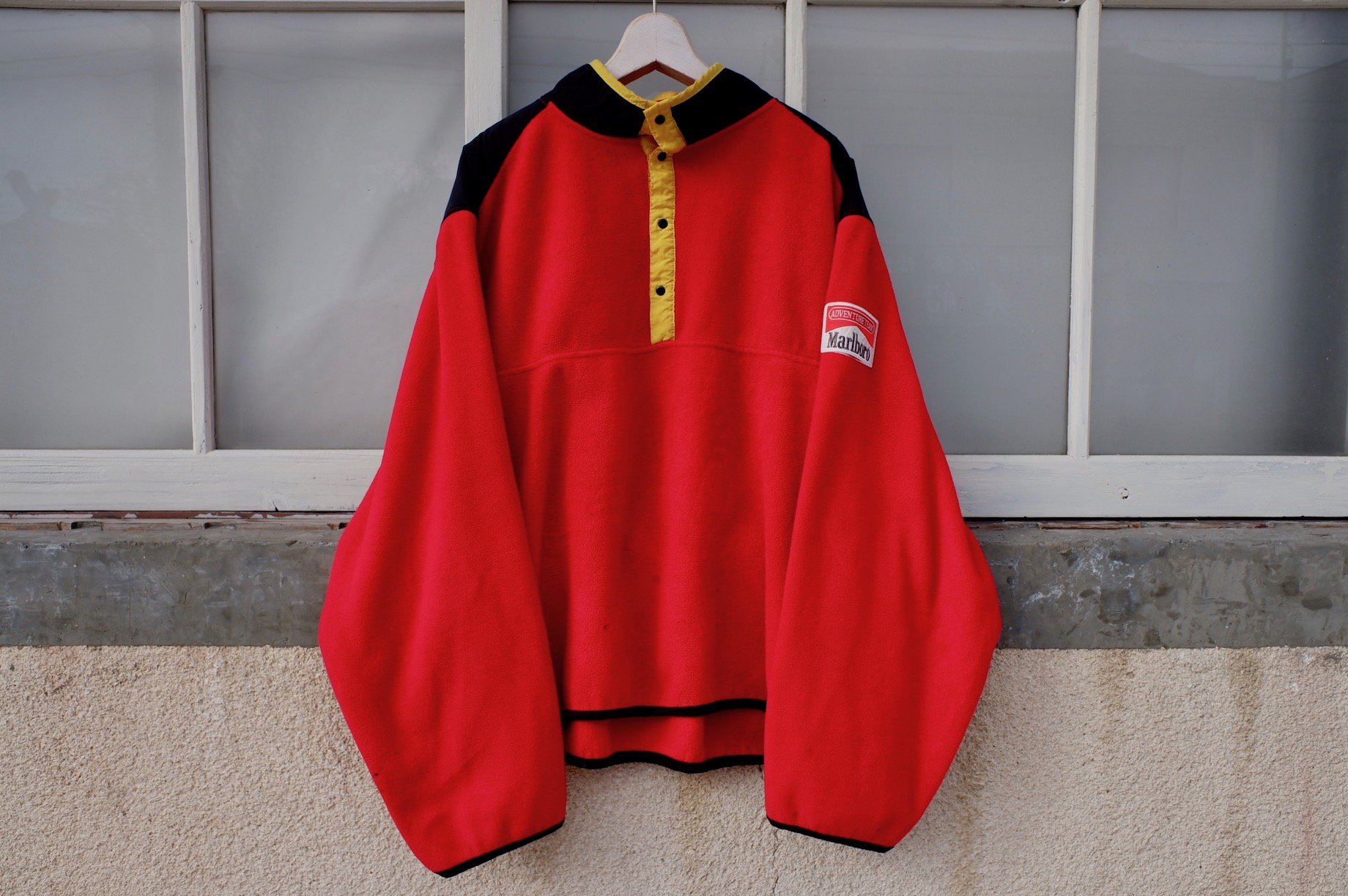vintage/90's Marlboro fleece jacket