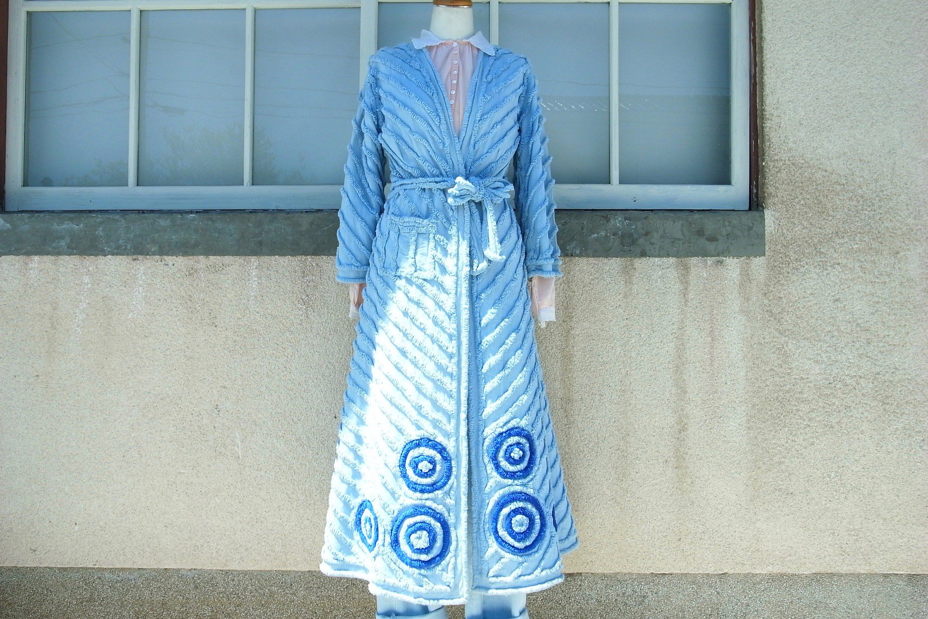 vintage/dry mountain water gown
