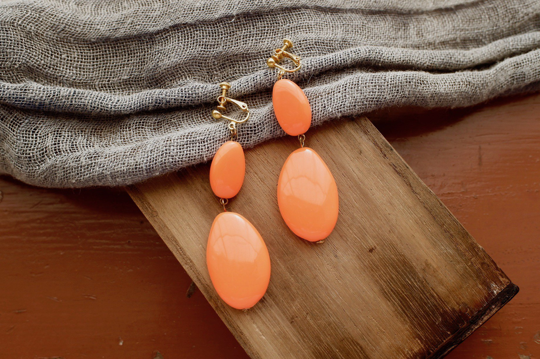 vintage/sour aftertaste earring