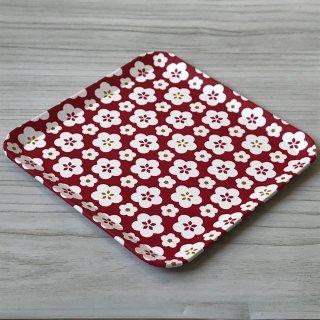 型染紙の角皿(梅づくし)