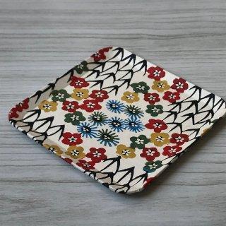 型染紙の角皿(松竹梅)