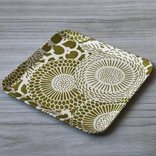 型染紙の角皿(菊唐草 黄緑)