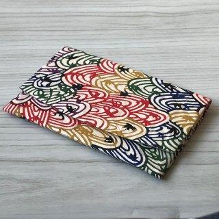 型染紙のカードケース(波に紅葉文様)