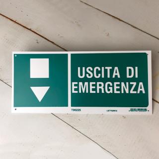 USCITA DI EMERGENZA (非常口 下)