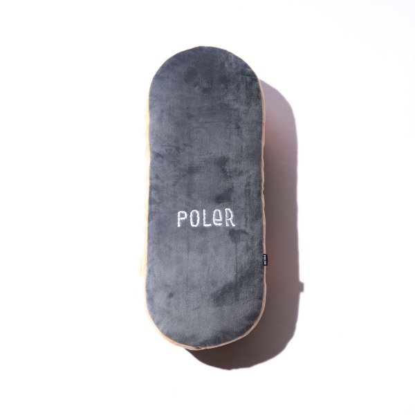 <img class='new_mark_img1' src='https://img.shop-pro.jp/img/new/icons5.gif' style='border:none;display:inline;margin:0px;padding:0px;width:auto;' />POLER SKATEBOARD PILLOW