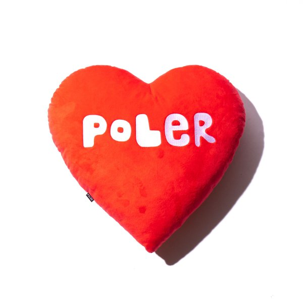 <img class='new_mark_img1' src='https://img.shop-pro.jp/img/new/icons5.gif' style='border:none;display:inline;margin:0px;padding:0px;width:auto;' />POLER FURRY HEART PILLOW
