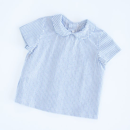 <img class='new_mark_img1' src='https://img.shop-pro.jp/img/new/icons14.gif' style='border:none;display:inline;margin:0px;padding:0px;width:auto;' />Amaia Kids - Mallard shirt - Navy striped seersucker アマイアキッズ - 半袖シャツ