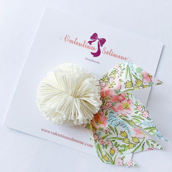 Amaia Kids - Hair rubber bands - Liberty and Pompom Floral/White アマイアキッズ - ポンポン付きリバティヘアゴム