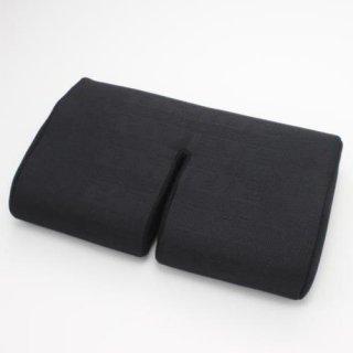 腿部シートクッション・ブラックロゴ