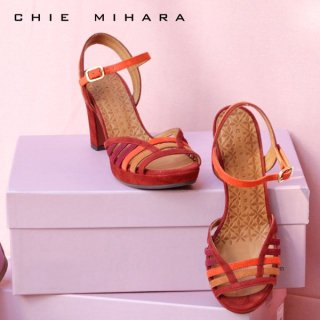 CHIE MIHARA<br>EMAI<br>ストラップサンダル