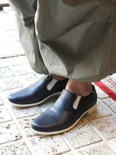 TRAVEL SHOES by chausser <br>MEN'S TR-003M NVY×WHT