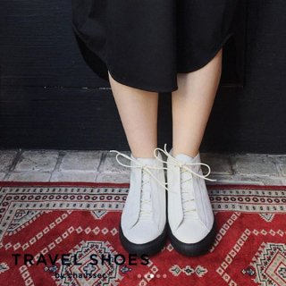 <img class='new_mark_img1' src='https://img.shop-pro.jp/img/new/icons5.gif' style='border:none;display:inline;margin:0px;padding:0px;width:auto;' />TRAVEL SHOES / TR-014 <br>レザーハイカットスニーカー