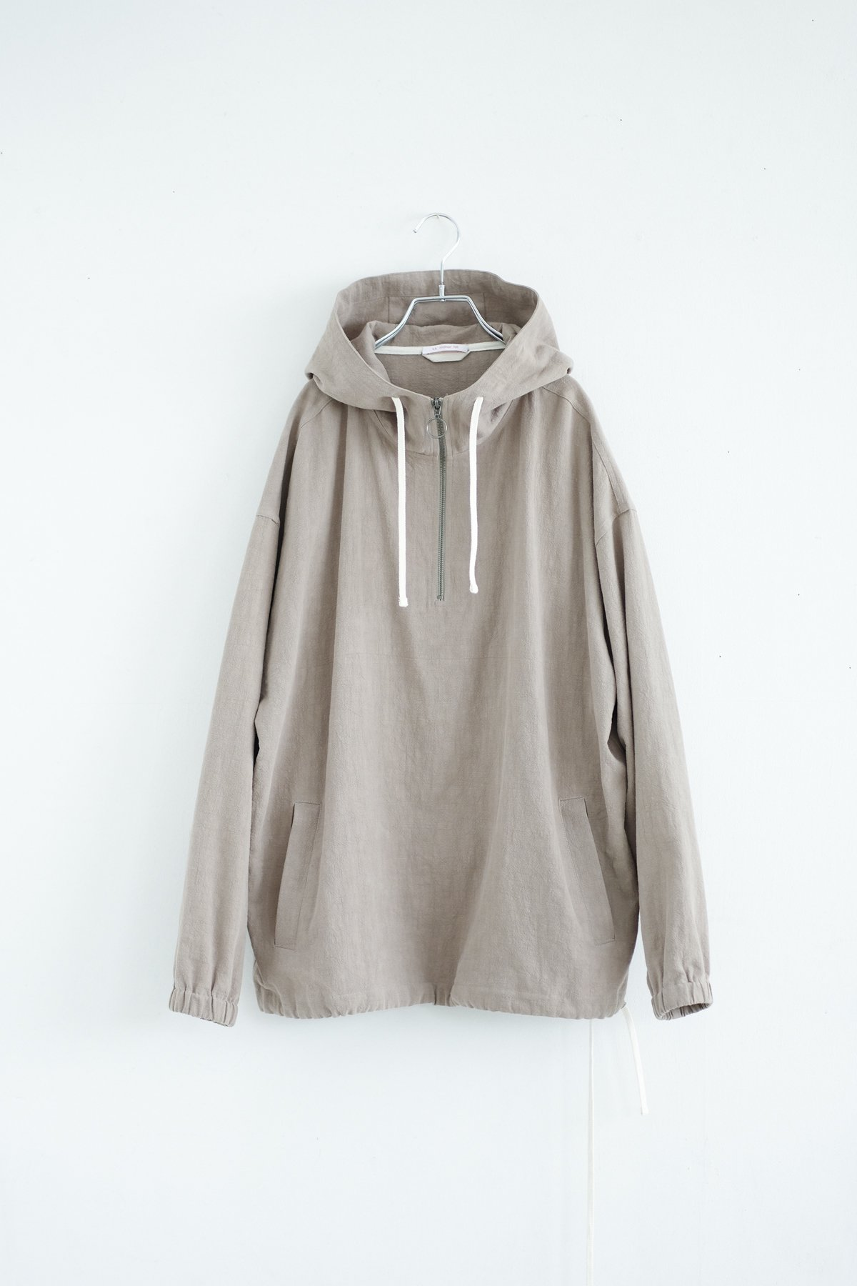 s.k. manor hill / POD PULLOVER JACKET(TAUPE)