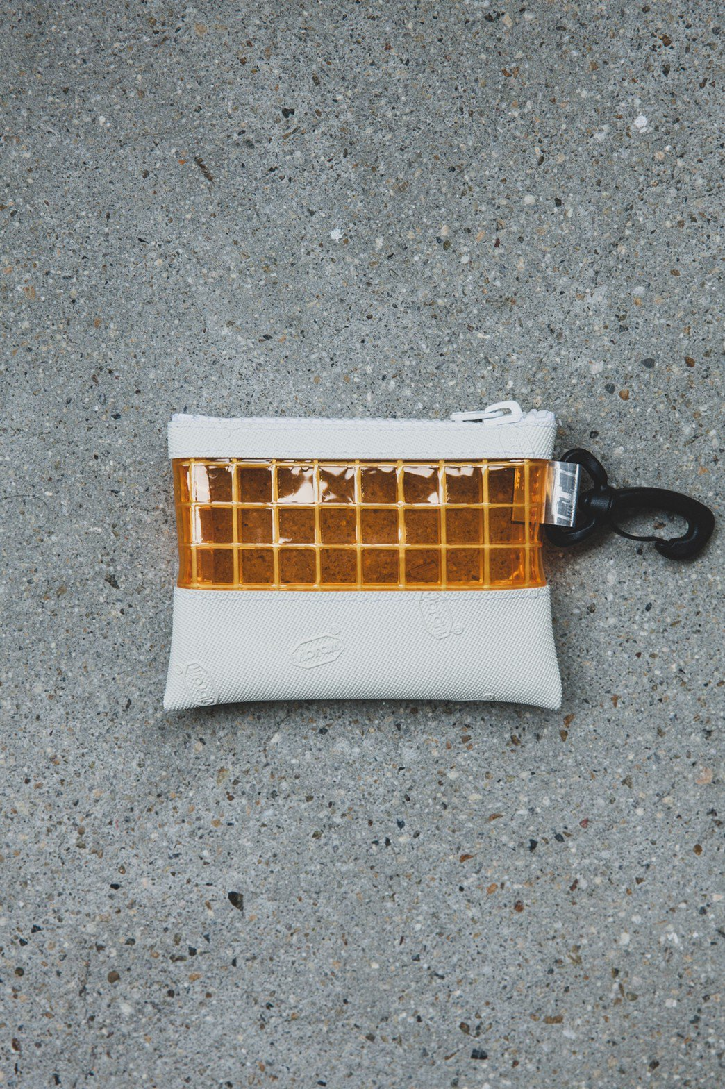 THISWAY / VIBRAM PVC COIN CASE WHITE