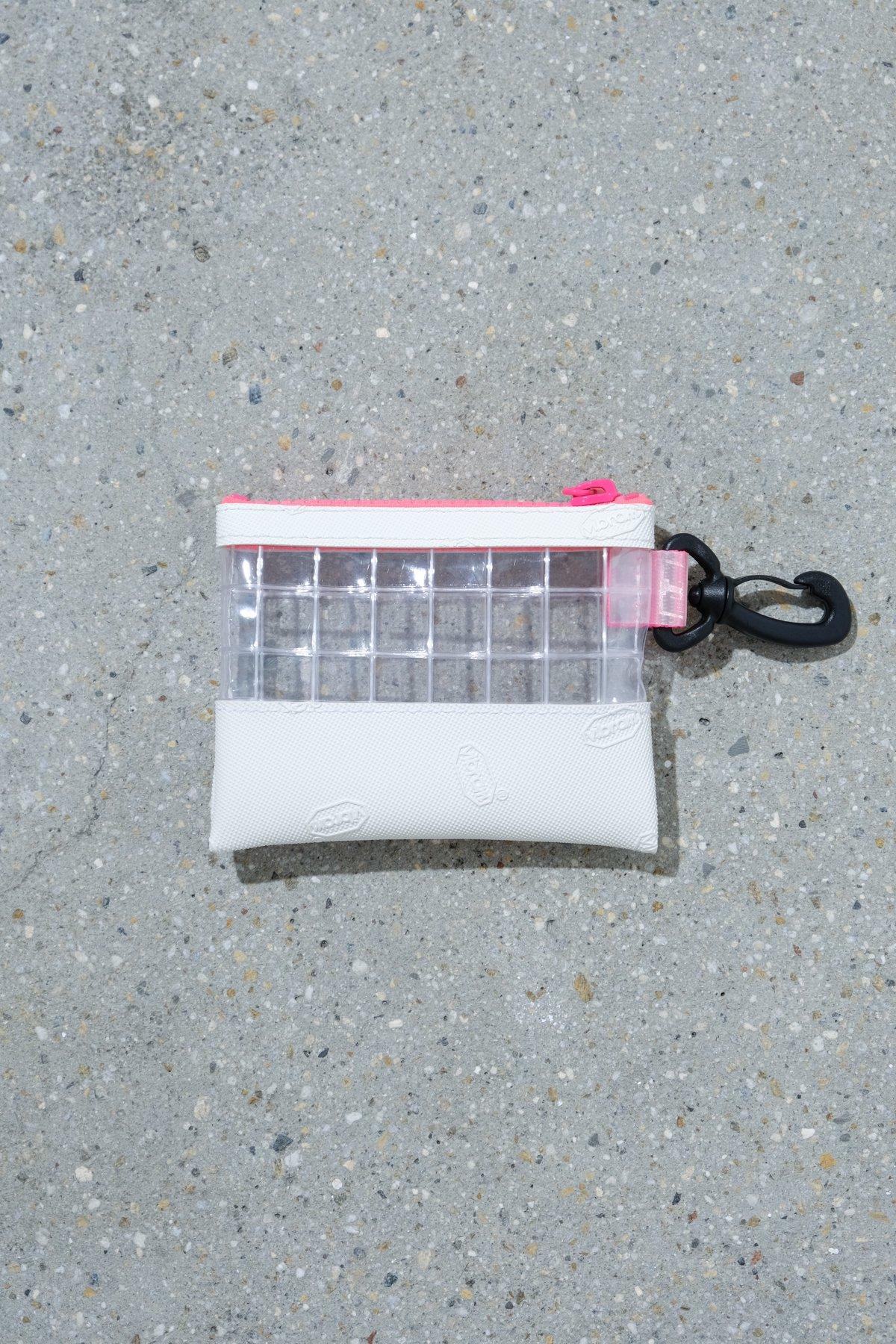 THISWAY / VIBRAM PVC COIN CASE WHT × PNK
