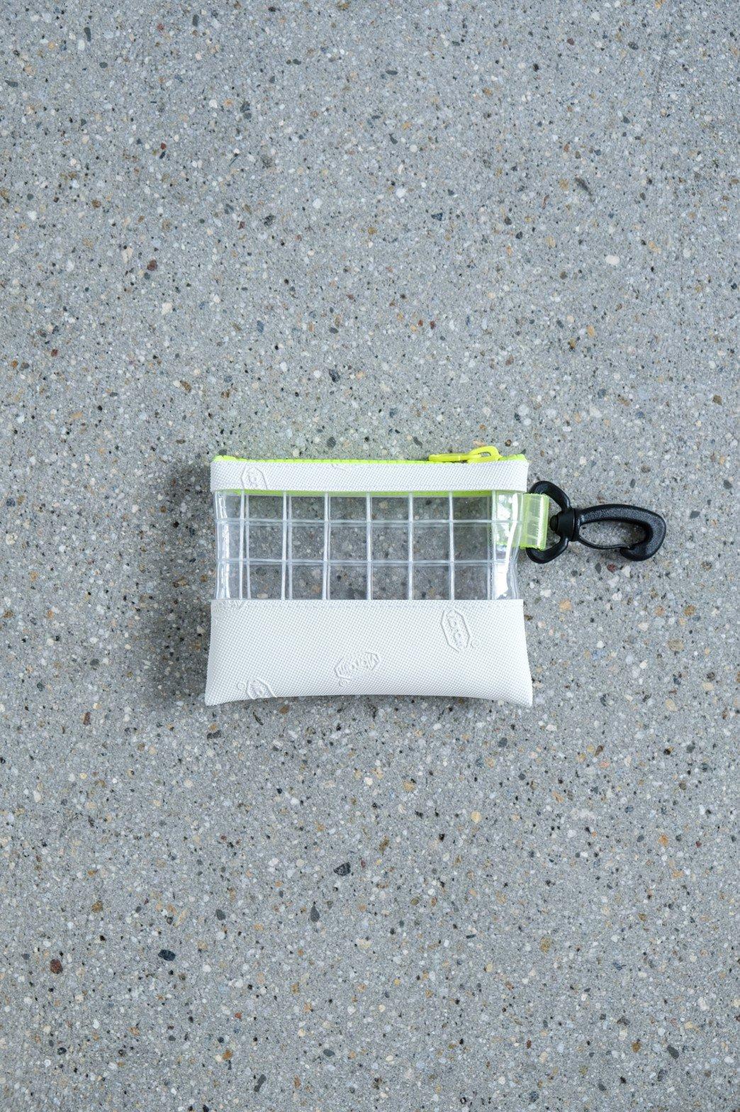 THISWAY / VIBRAM PVC COIN CASE WHT × YEL