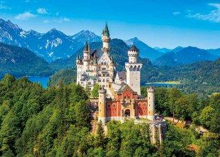 白亜に輝くノイシュバンシュタイン城