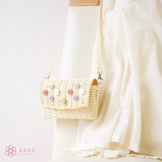 パステルカラーが可愛い花ボタンのミニポシェット*クリーム【受注生産】