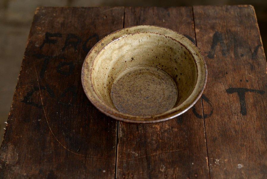 ソロソロ窯  6寸平鉢つば付き