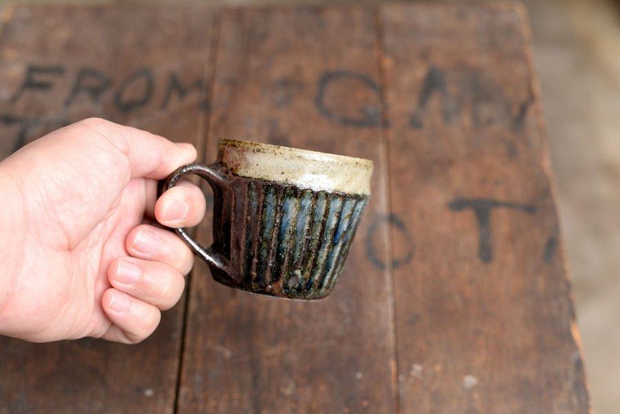ソロソロ窯 胴紐マグカップ