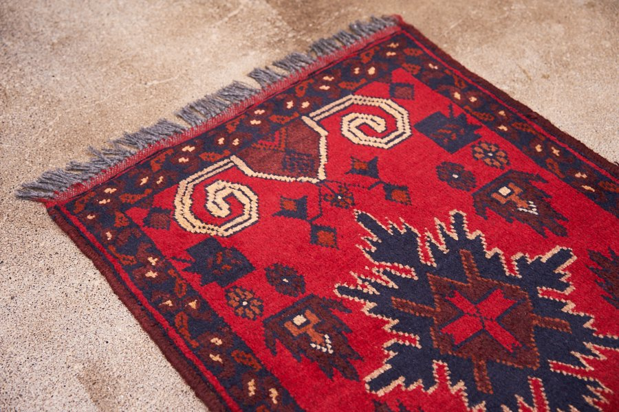 アフガニスタン手織り絨毯