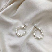 Pearl Ring Pierce