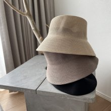 <img class='new_mark_img1' src='https://img.shop-pro.jp/img/new/icons14.gif' style='border:none;display:inline;margin:0px;padding:0px;width:auto;' />Raffia Hat