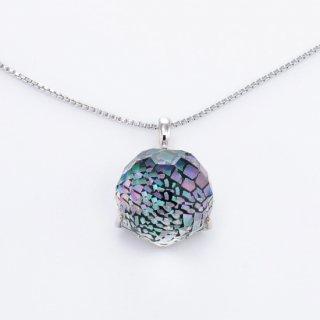 プリズムが美しい水晶螺鈿ペンダント【オーロラ】小