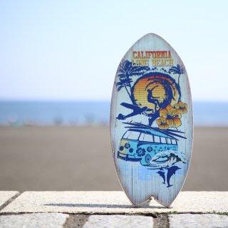 置くだけで西海岸インテリアの完成。サーフボード型オブジェ。カリフォルニア