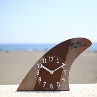 サーフボードのフィンをモチーフにした置時計