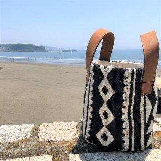 手織り刺繍バッグ・ケース ブラック