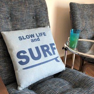 西海岸インテリアに最適♪SURFデザインのデニムクッション ブルー