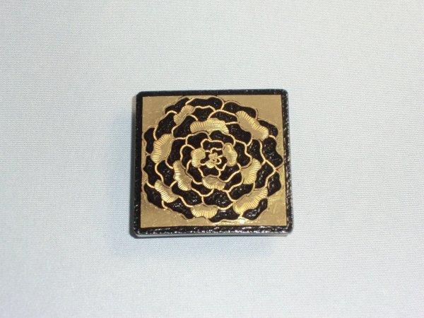 帯留め 薔薇(正方形)